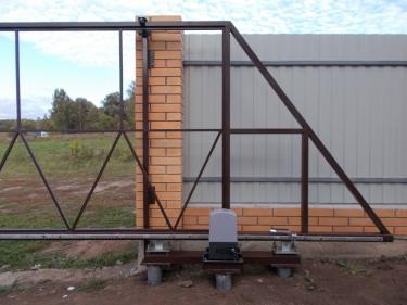 Ворота откатные на консольной балке